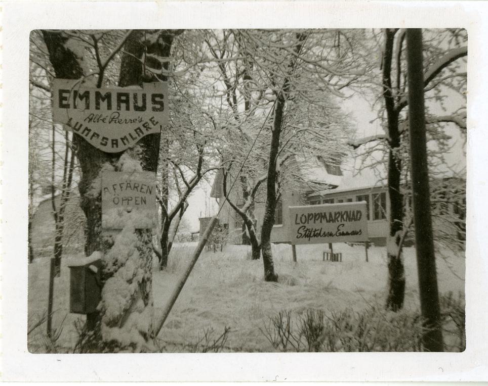 Suede-archive-EI.jpg